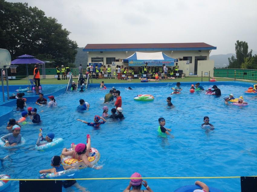 야외수영장 1.JPG
